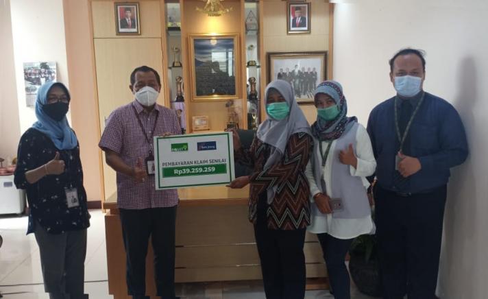 Equity Life Indonesia dan Bank Jateng Kembali Bayarkan Klaim Penyakit Kritis